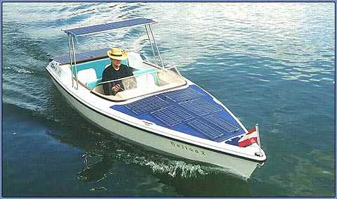 The 550 Solarboat with 800 W engine